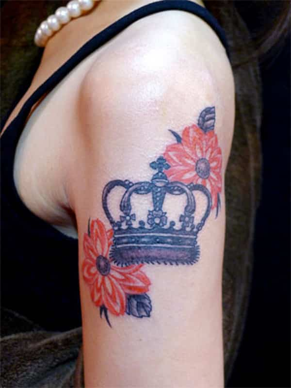 Crown-and-Flower-Tattoo