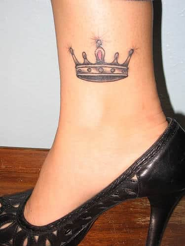 beautiful-grey-crown-tattoo-on-inner-ankle