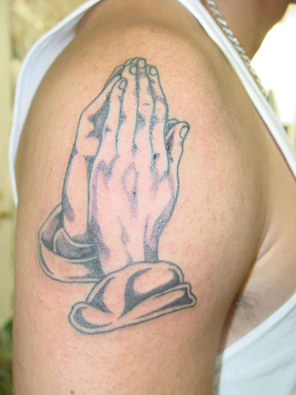 Praying-Hands-Tattoo-Design-for-Younger-Boys