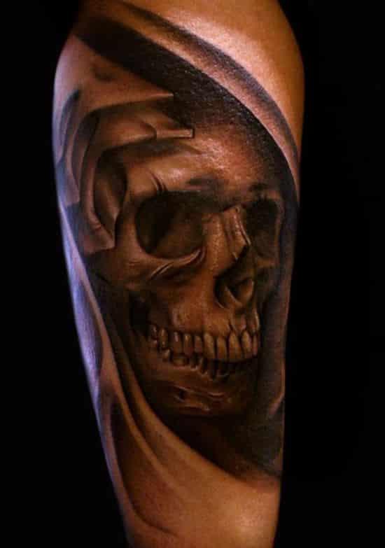 Amazing-biomechanical-skull-tattoo-design