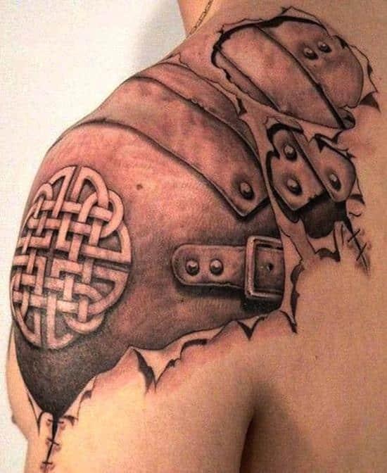biomechanical-tattoo on shoulder