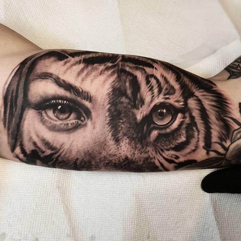 Eye Forearm Tattoos