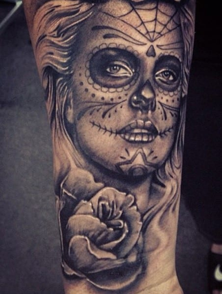 Pretty forearm tattoo